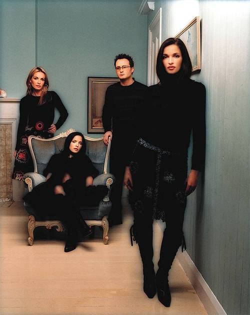 lagu the corrs heaven knows