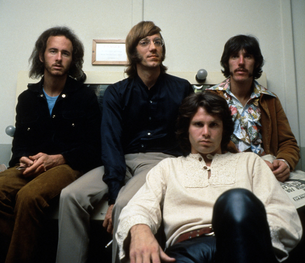 the Doors, lagu the Doors, band the Doors, jim morrison ganteng, jim morrison tampan, jim morrison the Doors, poto the Doors berwarna